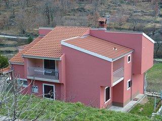 Two bedroom apartment Ostrvica, Omiš (A-12674-a)