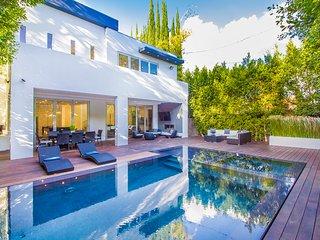 Private Modern LA Oasis