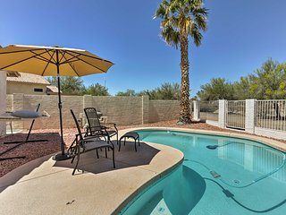 Glendale Home w/ Heated Pool & Mountain Views!