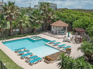 SB144: Condo with View of Gulf in the heart of old town Sleeps 4