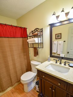 Riverview Full Bath with Tub/Shower Combination