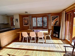 Champery Apartment Sleeps 6 with Pool and Free WiFi - 5628428