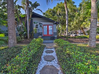 St. Pete Retreat w/ Garden & Patio - Walk to Bay!