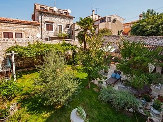 Villa Carera - peaceful villa in center of Rovinj near first beach monte mulini.