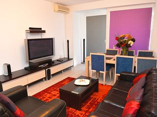 SuiteHome - Romana 6 - one bedroom apartment in the heart of Bucharest