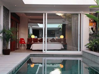 Villa Kalila, Super affordable 2 Bed Pool Villa in Prime Seminyak Local