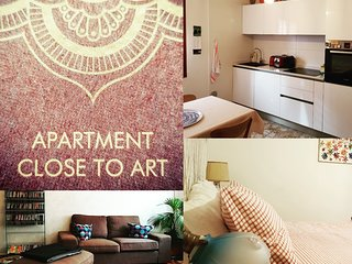 Apartment  close to art