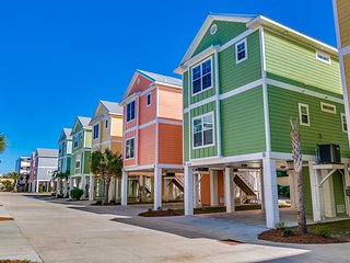New!! South Beach Cottages 4BR. Steps from Beach