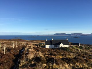 Creagach Cottage - Isle of Skye - Relax and enjoy the panoramic sea views