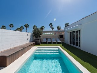 EXCLUSIVE VILLA WITH POOL IN MASPALOMAS