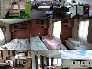 Cindy's Whitley bay caravan private let . 3 bds, double glazing and decking