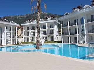 Hisaronu, 3 Bedroom Apartment H1,