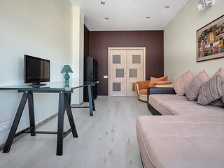 Новая 2-комнатная квартира в центре Ростова-на-Дону, Доломановский, Буденновский