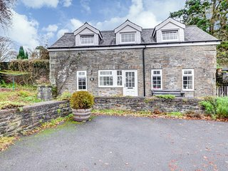 Plas y Wennol - short drive from the Gower and Brecon Beacons: BOW05