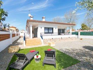 3 bedroom Villa in Empuriabrava, Catalonia, Spain : ref 5606873