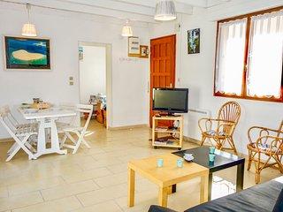 2 bedroom Apartment in Arcachon, Nouvelle-Aquitaine, France : ref 5606866