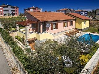 2 bedroom Villa in Murine, Istria, Croatia : ref 5606995