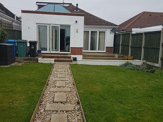 3 BED CHALET NEAR SANDBANKS POOLE
