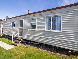6 Berth. Ruby rated. 3 Bedrooms  1.5 Bathrooms  Ref 35278 Trench Road