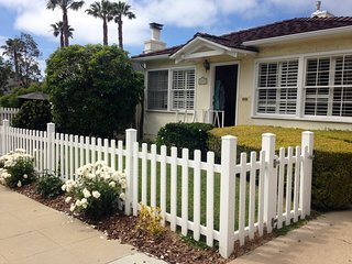 La Jolla Beach House, 3 blocks to Beach, shopping, theatres, town of La Jolla