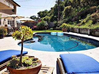 Pool House Getaway, Suite!