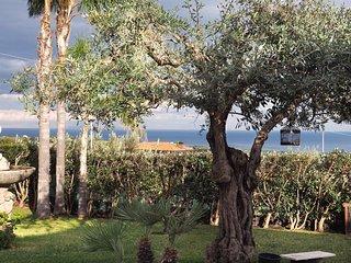 Villa Milagros - Appartamento privato con piscina , con vista sul mare