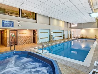 Mountain Green 3C9 - Walking Distance to Snowshed Sports Center/Pool/Hot tub