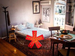 City Center Bairro Alto Studio with A/C