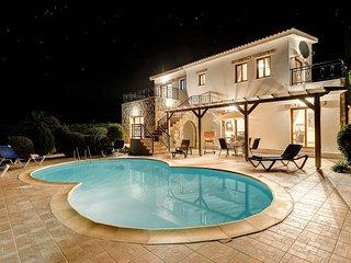 Argaka Beach Villa