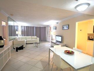Apartment 806 Ocean view Condo