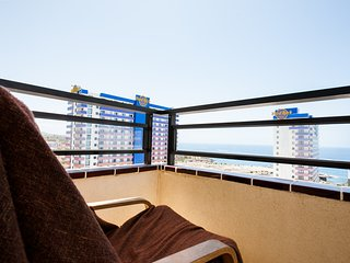 Comfortable large 2 bedroom Apartament oposite New Five Stars  Hard Rock Hotel