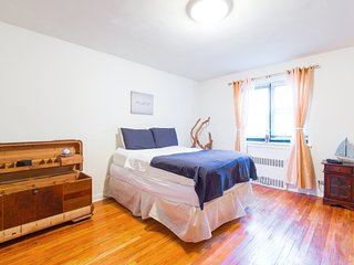 Fantastic Apartment Nice Area Easy Access to Manhattan by Subway