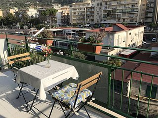 Sorrento Apartment Sleeps 4 with Air Con and WiFi - 5608016