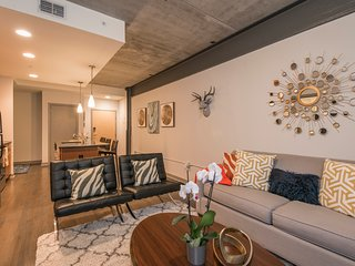 Modern 1br/1ba | Ritt Sq | Center City