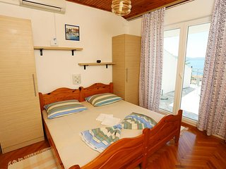 Two bedroom apartment Zivogosce - Porat, Makarska (A-10032-d)