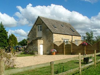 CC094 Barn situated in Cirencester
