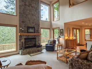 Mt Hood Retreat - 4.5 Bedroom