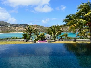 Villa Silver Rainbow  :: Ocean Front # Located in  Tropical Petit Cul de Sac wit