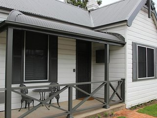 Hunter Cottage - Branxton Hunter Valley