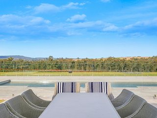 Degen Estate - Pokolbin Hunter Valley (13 Bedrooms)