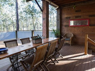 Eclectic Vineyard Lodge - Pokolbin Hunter Valley
