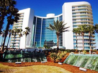 Bay Front ~ Great Amenities ~ Bella Luna 1104 ~ 3 Bedroom ~ Amazing Views