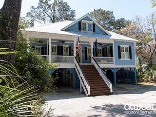 Turtle Shores - 4BR/3BA Showplace w/ Abundant Amenities & Resort Location