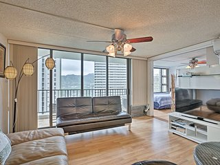 NEW! Renovated Apt. One Block from Waikiki Beach!