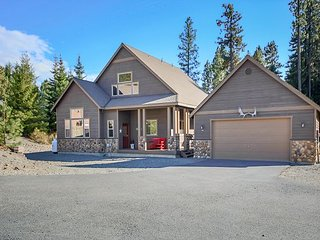 3rd Nt Free!Fantastic Cabin Nr Suncadia-Pool Table-Hot Tub-Outdoor Deck