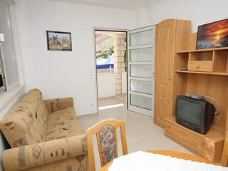 Two bedroom apartment Zavalatica, Korčula (A-9150-b)