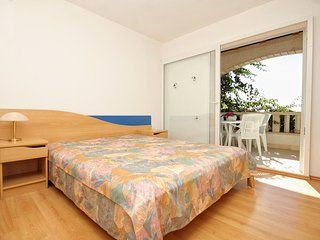 Two bedroom apartment Zavalatica, Korčula (A-9151-b)