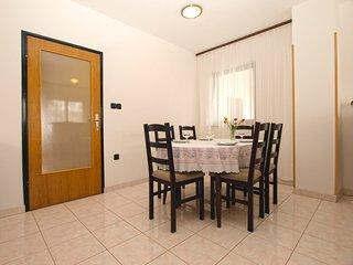 Apartment 16307