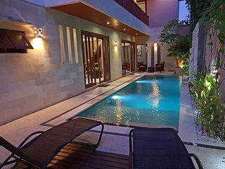 Elegant 3 Bedrooms Pool Villa close to Beach in Sanur, Villa Zendoa