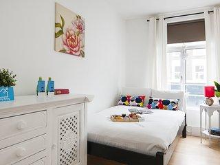 The Golborne Road Apartment - LBG